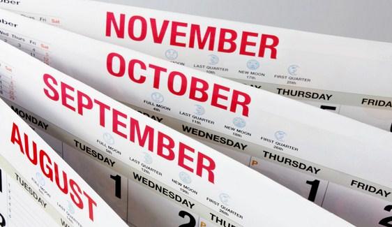 Contoh kalender dalam bahasa Inggris
